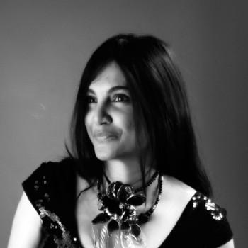 Glass artist Hasna Sal